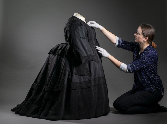 Queen Victoria's Wardrobe Up for Auction